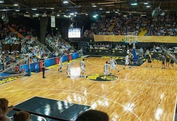 La liga sudamericana de basquet viene a buenos aires basquet for Gimnasio winner